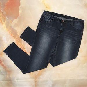 Kensie Knockout Skinny Dark Wash Jeans Size 14 32